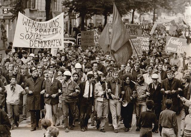 Demonstration gegen die Notstandsgesetzte Mai 1968