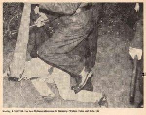 Montag, 4. Juli 1966, vor dem US-Generalkonsulat in Hamburg